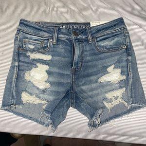 American eagle Midi shorts NWT